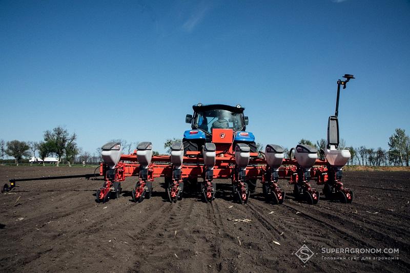 Правила розрахунку норм висіву кукурудзи в різних ґрунтово-кліматичних зонах фото 1 LNZ Group