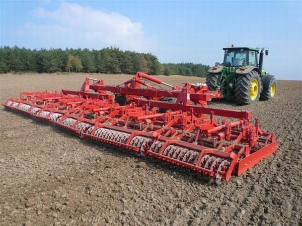 Передпосівний обробіток ґрунту фото 2 LNZ Group